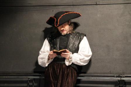 Cyrano lisant L'Iliade au siège d'Arras (2011)