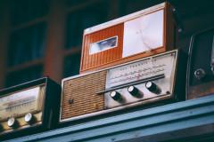 radios-fancycrave-440150-unsplash.jpg